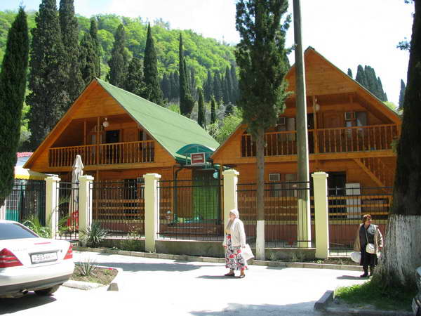 Отдых в отеле «Астория» на курорте Новый Афон